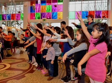 Carnet de bal, où comment faire danser les enfants à Noël dans les centres de l'Hospice général